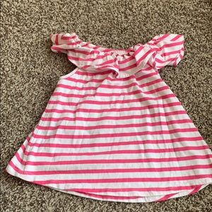 Old navy ruffle off the shoulder